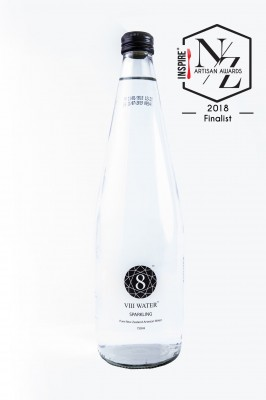 8 Water 750ml Glass - Sparkling Water
